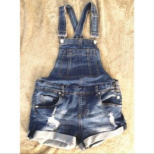 ✨💕 DOLLHOUSE 💕✨ OVERALL SHORTS